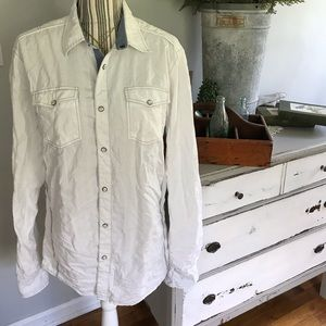 BKE MENS BUCKLE WHITE PEARL BUTTON ATHLETIC SHIRT